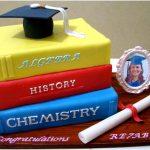 grauation cake